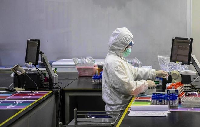 Biến chứng COVID-19 đối với trẻ em bị nhiễm bệnh; Trung Quốc bùng ổ dịch mới, các ca bệnh đều có điểm chung - Ảnh 1.