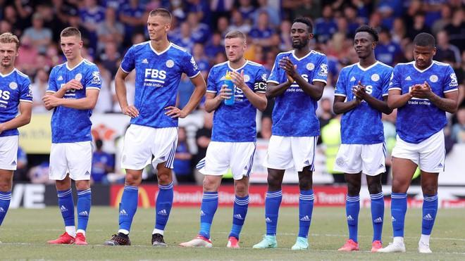 Tuyển thủ Thái Lan đá hỏng luân lưu, khiến đội bóng Premier League thua đau CLB hạng dưới - Ảnh 3.