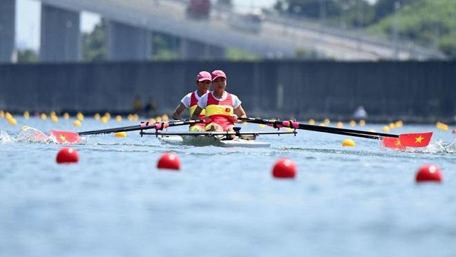 Olympic 2020: Cặp đôi Việt Nam về đích ở vị trí áp chót, vào đấu chung kết nhóm C - Ảnh 1.