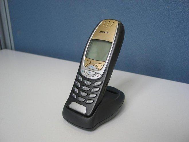 Nokia hồi sinh dòng điện thoại 6310, nhưng ngoài cái tên ra thì chỉ còn cái nịt - Ảnh 1.