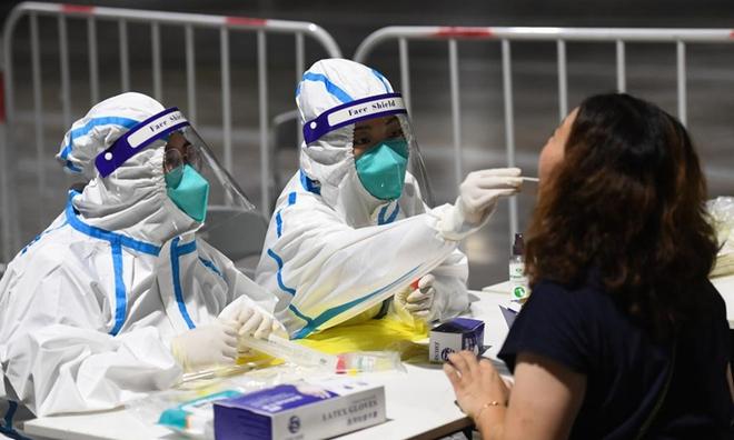 Phát hiện bất ngờ về vaccine Sinovac Trung Quốc; Campuchia báo động biến thể Delta - Điều đáng sợ nhất đã đến! - Ảnh 1.