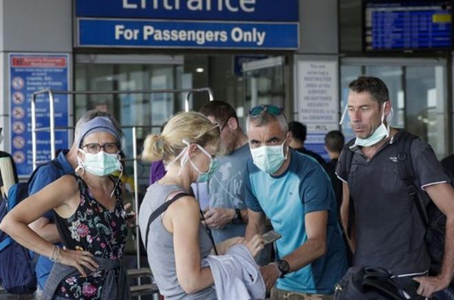 Nguy cơ quốc gia gần TQ trở thành ổ dịch siêu lây lan - Nhiều công ty Mỹ viết thư yêu cầu TT Biden viện trợ thêm vaccine cho Việt Nam - Ảnh 1.