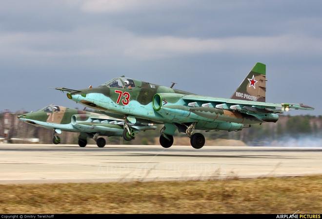 Mệnh lệnh thép của TT Putin đã được thực thi: Tên lửa Israel liên tiếp bị bắn hạ - Vũ khí hiện đại nhất ùn ùn tập kết ở Syria - Ảnh 1.