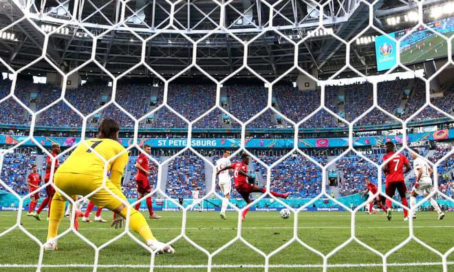 Thủ môn lên thần, Thụy Sĩ vẫn gục ngã sau 120 phút kiên cường trước Tây Ban Nha - Ảnh 1.