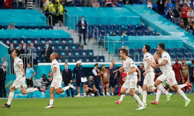 Thủ môn lên thần, Thụy Sĩ vẫn gục ngã sau 120 phút kiên cường trước Tây Ban Nha - Ảnh 6.