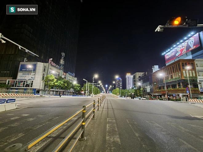 Công điện Thủ tướng: 19 tỉnh thành phía Nam tiếp tục giãn cách theo Chỉ thị 16; Hà Nội: Cách ly phường Chương Dương 14 ngày - Ảnh 3.