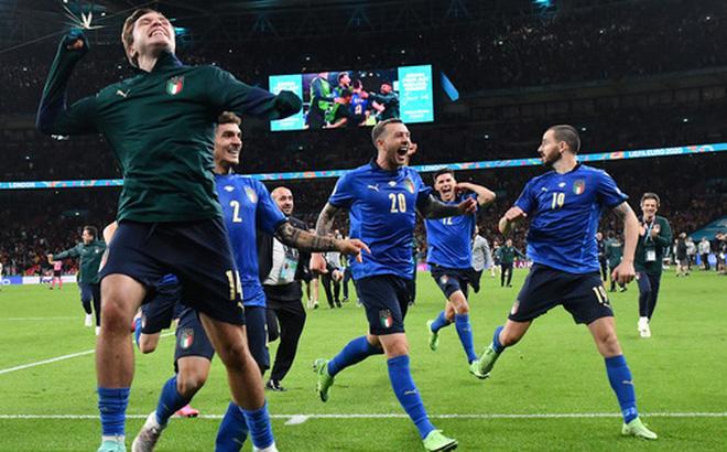 Bình luận: Cuộc đấu chiến thuật đỉnh cao giữa Italy và Tây Ban Nha