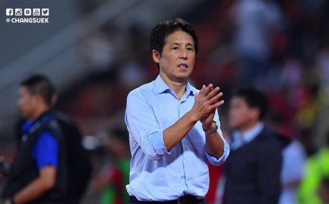 Hé lộ thời điểm HLV Nishino có thể bị sa thải ở tuyển Thái Lan