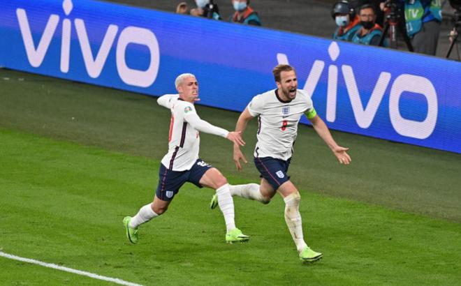 HẾT GIỜ Anh 2-1 Đan Mạch: Sterling kiếm về 11m tranh cãi, Kane giúp Tam sư vào Chung kết
