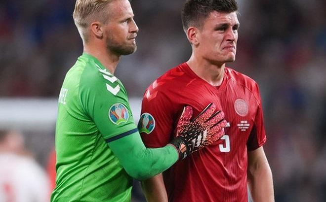 Người hùng Đan Mạch rơi nước mắt tiếc nuối khi để tuột tấm vé chung kết Euro 2020
