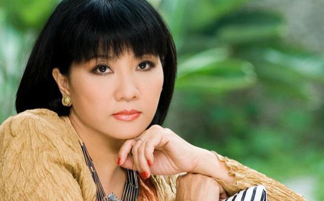 Xuất hiện thông tin đột ngột qua đời, ca sĩ Cẩm Vân lên tiếng