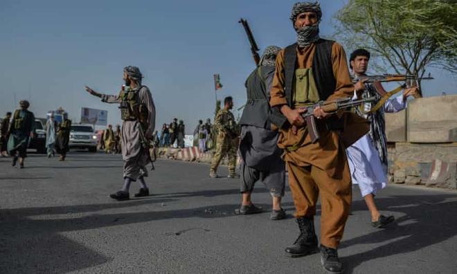 Mỹ lập cầu không vận khẩn cấp giải cứu đồng minh ở Afghanistan - Israel được bật đèn xanh, đòn trả đũa sấm sét nhằm vào Iran sắp bắt đầu? - Ảnh 1.