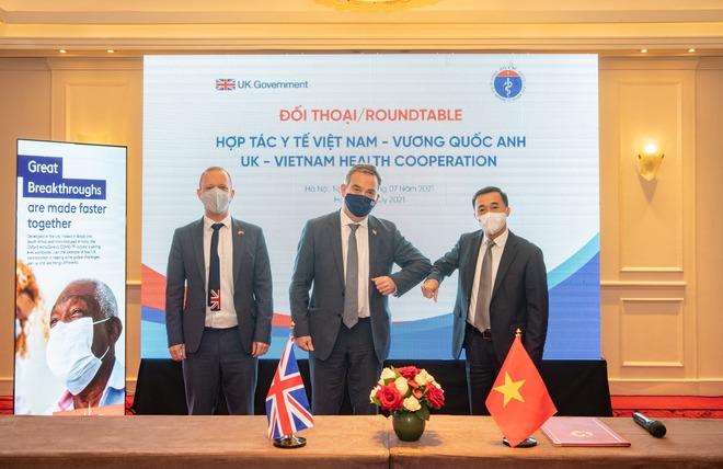 Đại sứ quán Anh báo tin mừng về lô vaccine COVID-19 tại Việt Nam - Ảnh 1.