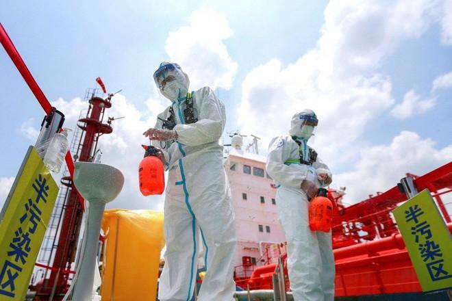 Tiêm vaccine Sinopharm, Pfizer, Moderna ở Việt Nam đặc biệt lưu ý 1 điều!; Phó Thủ tướng TQ báo động tình hình dịch - Ảnh 1.