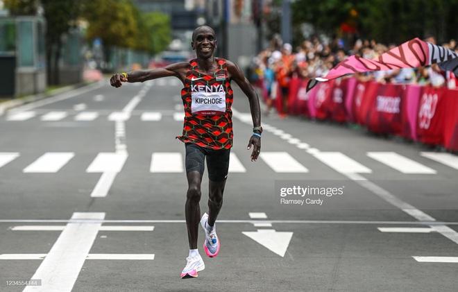 TRỰC TIẾP OLYMPIC TOKYO (NGÀY CUỐI 8/8): Mỹ sáng cửa vượt Trung Quốc, giành ngôi nhất toàn đoàn - Ảnh 1.
