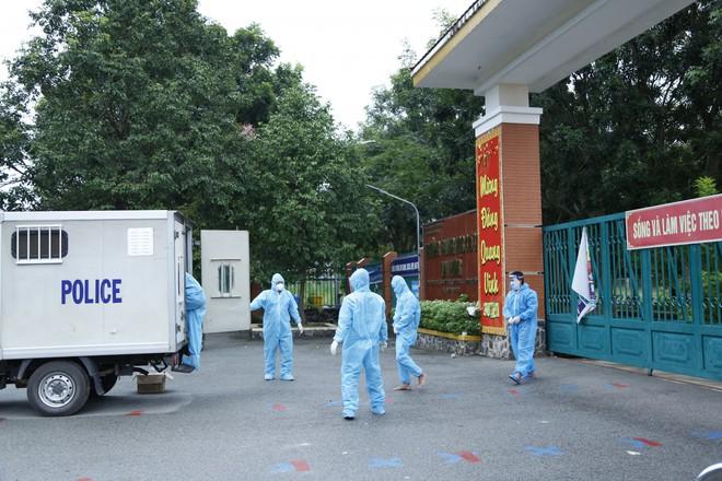Việt Nam thêm 11.478 ca mắc Covid-19; Bắt tạm giam 3 F0 đang cách ly điều trị tập trung còn ăn nhậu, đánh người  - Ảnh 1.