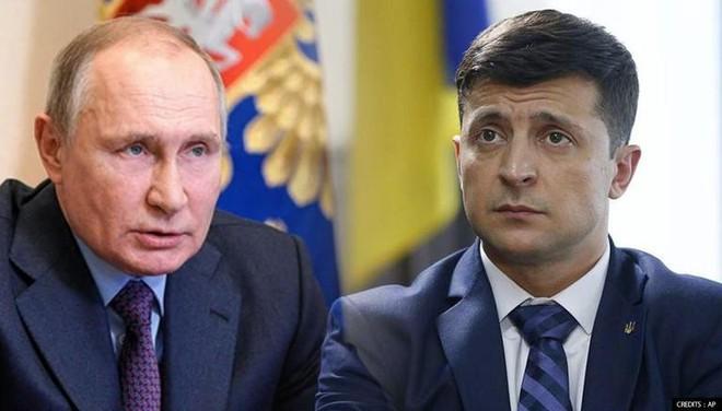 NÓNG: Nổ cực lớn làm rung chuyển Donbass - Ukraine tuyên bố sẵn sàng phát động chiến tranh toàn diện với Nga - Ảnh 2.