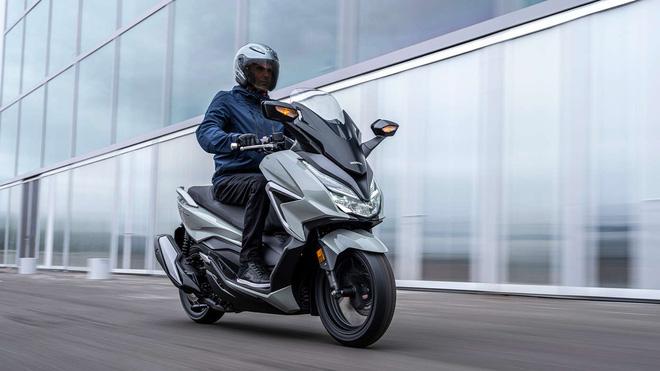 Xe máy Thái chặt đẹp Honda SH 350i, tích hợp điều khiển bằng giọng nói, bình xăng 11,7L - Ảnh 12.