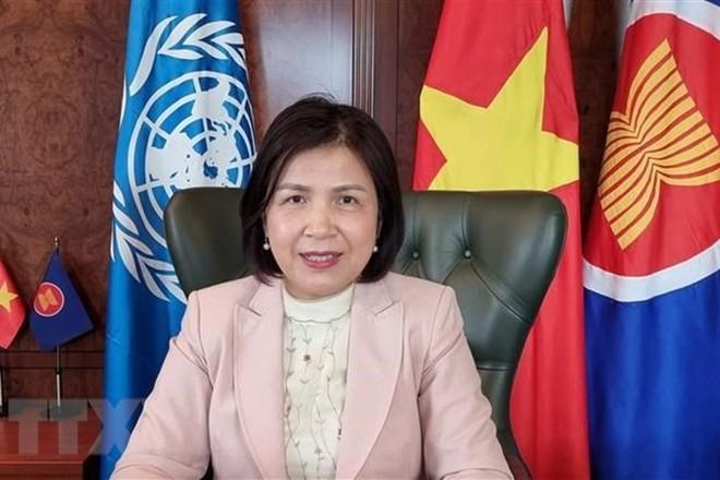 Hình ảnh đáng ngưỡng mộ tại quốc gia sát vách Việt Nam - Cảm nhận của người nước ngoài tiêm vaccine COVID-19 ở Hà Nội - Ảnh 1.