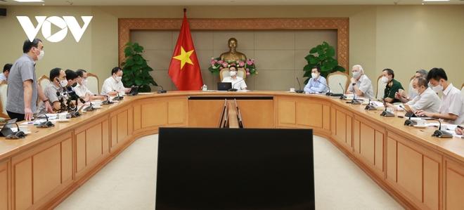 Hé lộ thời điểm Việt Nam có vaccine COVID-19 tự sản xuất - Pfizer lên tiếng về chất lạ trong các lọ vaccine ở Nhật  - Ảnh 1.
