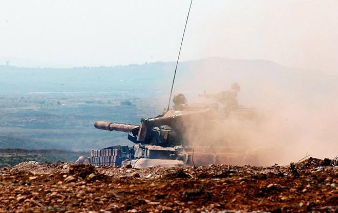 Thủ lĩnh quân nổi dậy vừa tới Tajikistan, Nga và đồng minh đã dằn mặt Taliban - Chiến sự tái bùng nổ, QĐ Syria ráo riết chuẩn bị tấn công Idlib! - Ảnh 1.