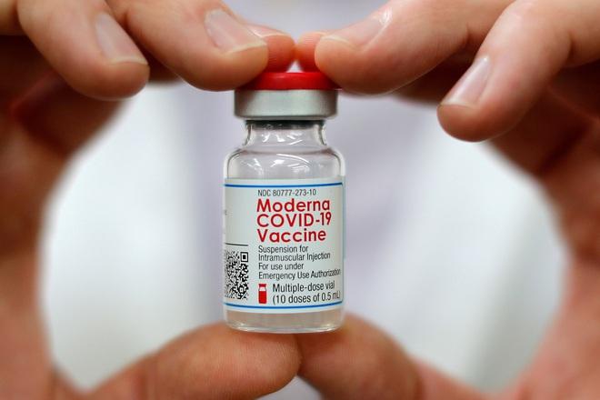 Một vaccine có ở Việt Nam cho miễn dịch lâu dài tới mức ấn tượng; TT Putin tiết lộ hàng chục người thân cận nhiễm Covid - Ảnh 1.