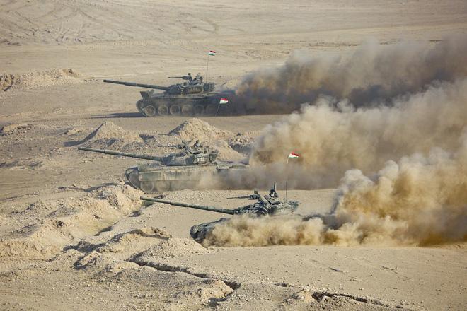 Vừa tuyên bố chiến tranh toàn diện, vũ khí hạng nặng Ukraine rầm rập áp sát Nga - Bất ngờ thất thủ ở Ishkashim, Taliban khẩn cấp điều lực lượng tiếp ứng - Ảnh 1.