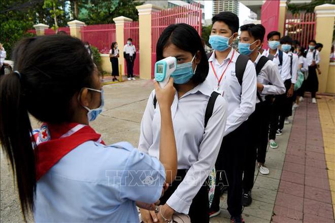 Việt Nam đón tin vui: Cam kết chắc nịch từ 1 nước châu Âu; Láng giềng Việt Nam vừa nới lỏng, điều lo sợ nhất đã xảy ra - Ảnh 1.