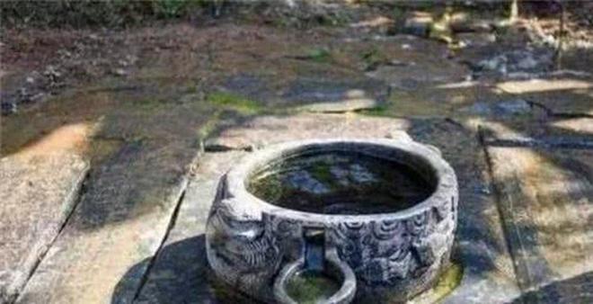Khi chạy trốn người phương Tây, Từ Hi Thái hậu đã vứt rất nhiều của cải xuống giếng, vì sao đến giờ vẫn không ai dám vớt? - Ảnh 4.