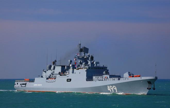 NÓNG: TT Putin và Assad vừa gặp xong, lập tức 4 tàu ngầm Nga chờ mật lệnh tấn công sấm sét - Quả bom chiến tranh Syria đã xì khói - Ảnh 1.