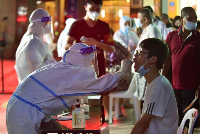 Vừa báo tin mừng, Trung Quốc lập tức thất vọng: Ổ dịch Phúc Kiến đảo chiều, Phó Thủ tướng cảnh báo gắt - Ảnh 1.