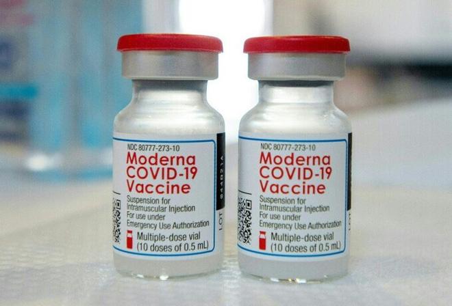 Triệu chứng Covid-19 thay đổi? - 5 dấu hiệu mắc phổ biến nhất; Phát hiện mới về hiệu quả của vaccine Moderna và Pfizer - Ảnh 1.
