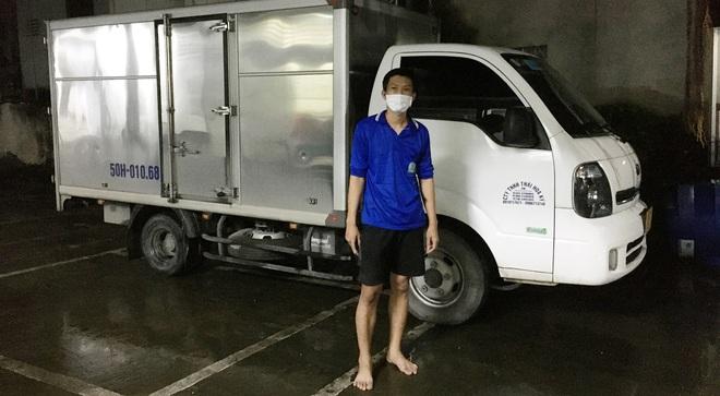 Hà Nội: Trong suốt 24 tiếng qua, không phát hiện ca mắc mới; tài xế xe luồng xanh hùng hổ lái xe băng qua 3 tỉnh để đi... đánh nhau - Ảnh 1.