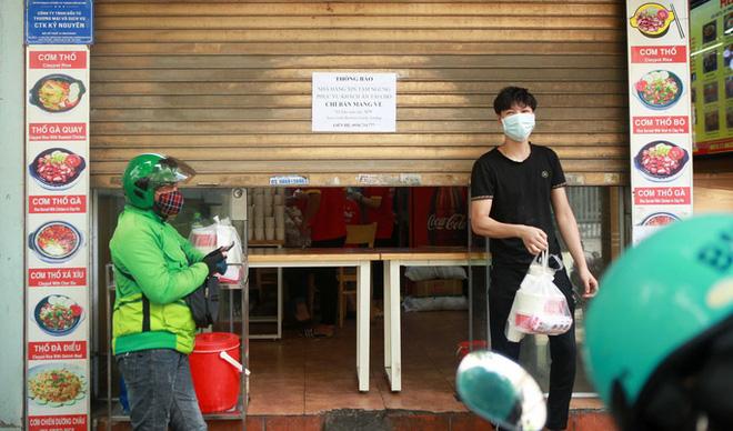 Từ ngày 1/10, TP.HCM dự kiến các dịch vụ kinh doanh nào sẽ được mở lại?. Trong 36 giờ, Hà Nội không ghi nhận ca mắc mới - Ảnh 1.