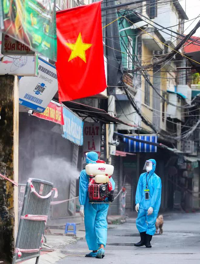 Việt Nam thêm 9.362 ca mắc Covid-19. Chủ tịch TP.HCM: Chúng tôi xin nhận thiếu sót và mong được sự lượng thứ của đồng bào - Ảnh 2.