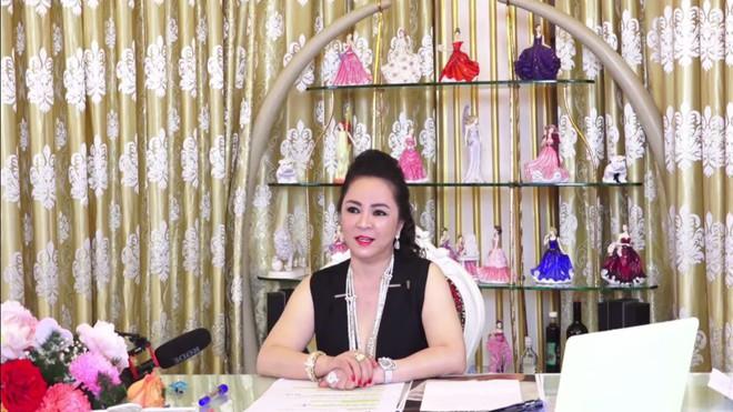 Quỹ mổ tim của bà Nguyễn Phương Hằng nhận được giao dịch bất thường, CEO lập tức tuyên bố: Tiền tôi không cần, yêu thương tôi nhận - Ảnh 2.