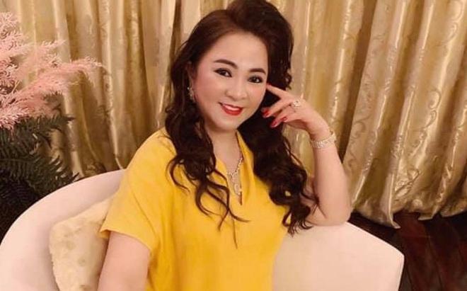 """Bà Phương Hằng được chuyển khoản 15k """"ủng hộ quỹ mổ tim"""", lập tức ra tuyên"""