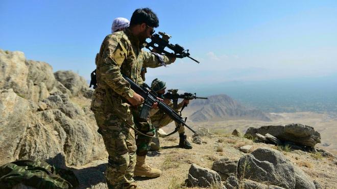 Đòn trả đũa khủng khiếp, tên lửa Syria dọa san phẳng Israel - Quân nổi dậy có món quà bất ngờ, ác mộng của Taliban đã đến! - Ảnh 1.