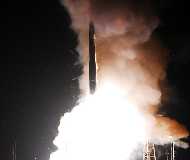 Mỹ thử nghiệm thành công siêu tên lửa xuyên lục địa Minuteman III