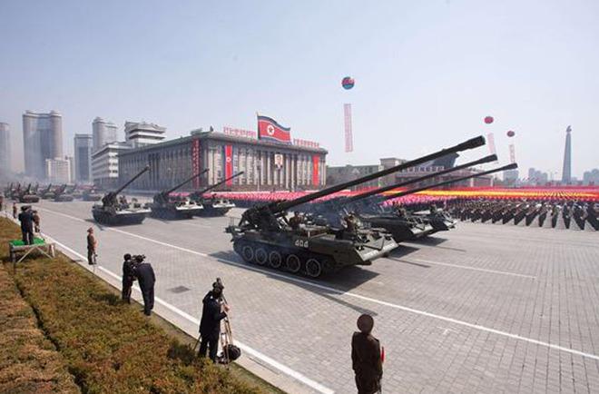 """Xem bộ tứ pháo """"khủng"""" Triều Tiên đe dọa Hàn Quốc"""