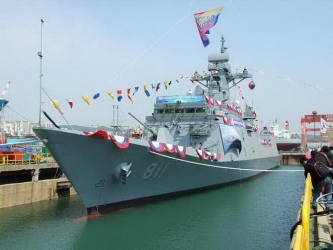 """Thành viên mới của """"Bộ ngũ"""" khinh hạm mạnh nhất biển Đông?"""