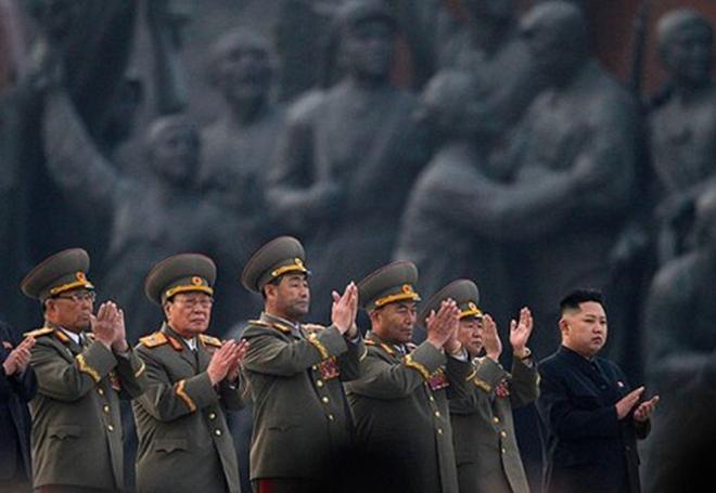 Nhà lãnh đạo Kim Jong-un đề phòng đảo chính?