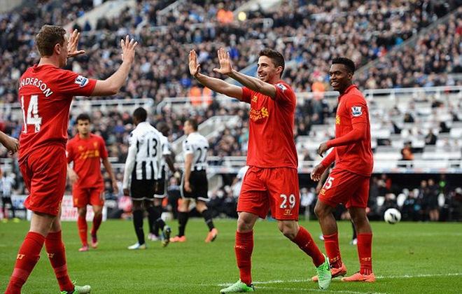 """""""Mải vui"""", Liverpool không cần đá Europa League"""