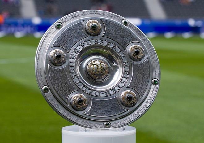 Bí ẩn về chiếc Đĩa bạc Bundesliga