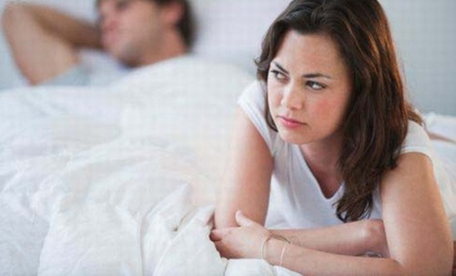 """Vì sao đàn ông cố chịu đựng khi """"yêu"""""""