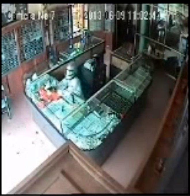 Clip lời khai của kẻ nã súng cướp tiệm vàng ở Thái Nguyên
