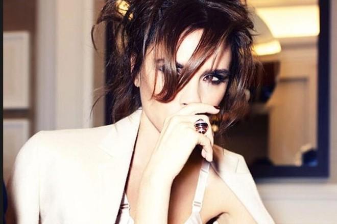 Victoria Beckham khoe vẻ nuột nà như thiếu nữ