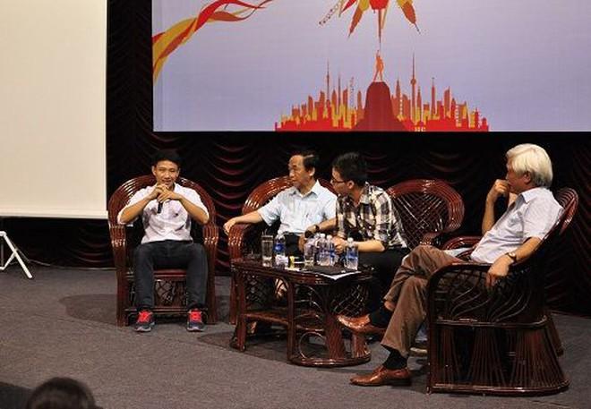 Running Man Vũ Xuân Tiến làm diễn giả chương trình hướng tới SV