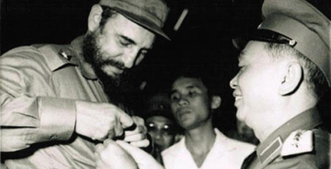 Chuyện Tướng Giáp cắt tóc ở Cuba