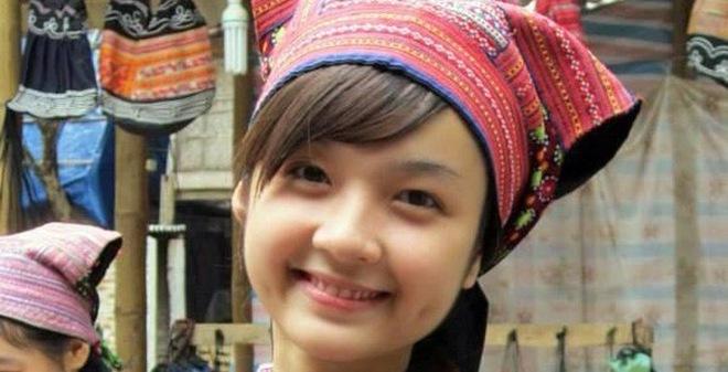 Cô gái H'Mông xinh đẹp gây sốt